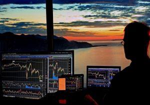 Will bitcoin crash if the stock market crashes